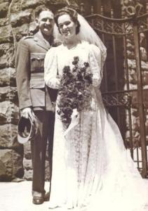 Wedding of Jack Reid and Elaine Basson 06-10-1945 for blog